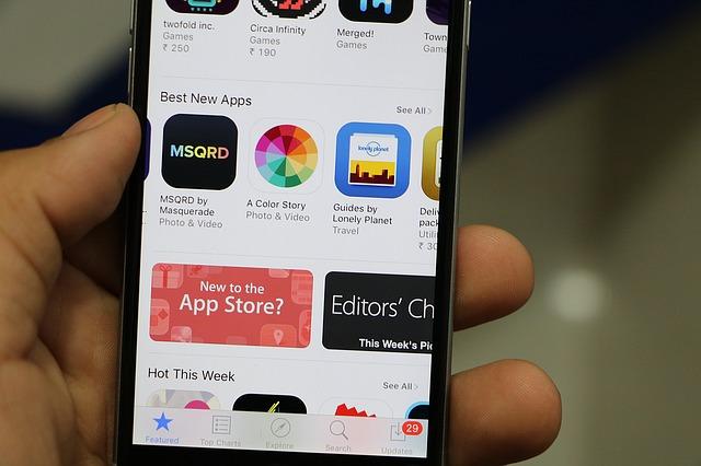 AndroidアプリとiPhoneアプリは何が違うの?アプリで収益を得るためにやること